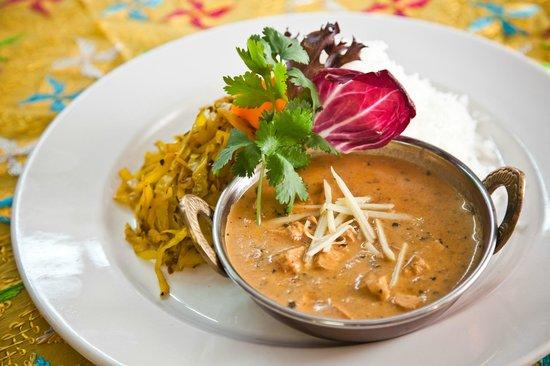 Paramjit's Kitchen: Curry Chicken