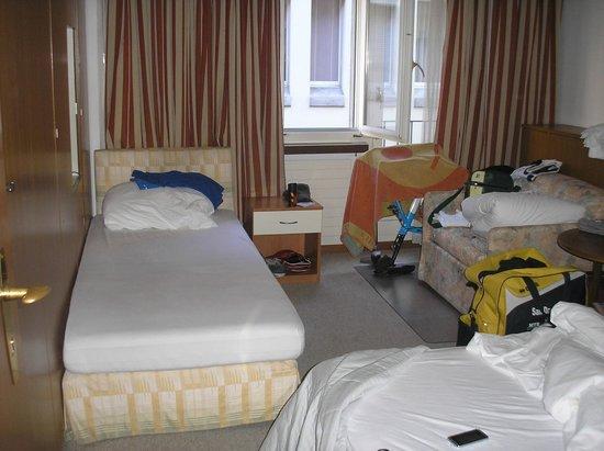 Hotel Villette: tripla con una camera