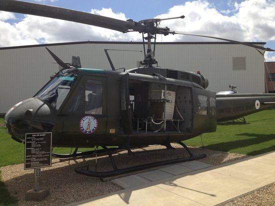 Prairie Aviation Museum : Army