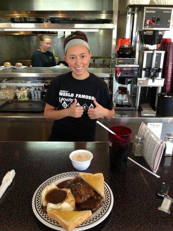 """Moe's Almost World Famous Diner: Moe's Diner Meatloaf Plate & Server """"Jennifer"""""""