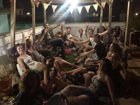 Cadiz Inn Backpackers: Terraza