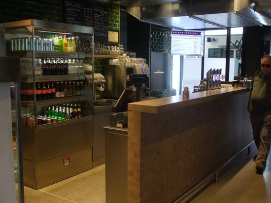 Sternen Grill: Beverages and alcohol ordering area