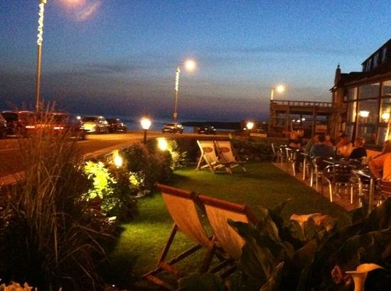 Atlantic Hotel Porthcawl: outside area