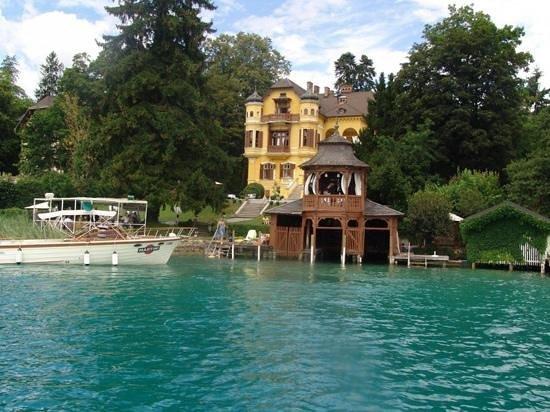 Schlossvilla Miralago: Titel hinzufügen