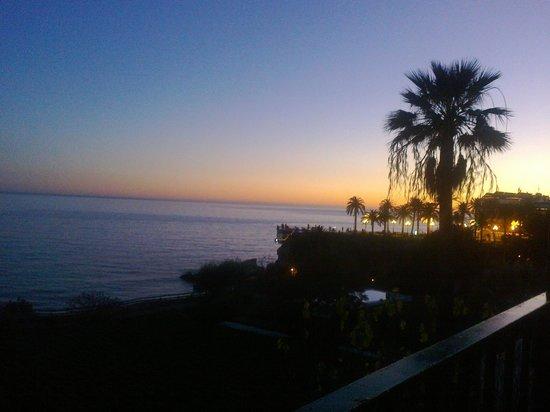 Apartamentos Balcon de Carabeo: view evening