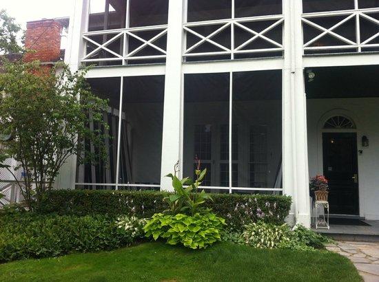 The Charles Hotel: Private Verandah