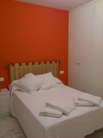 Castellar Singular Apartments: bedroom