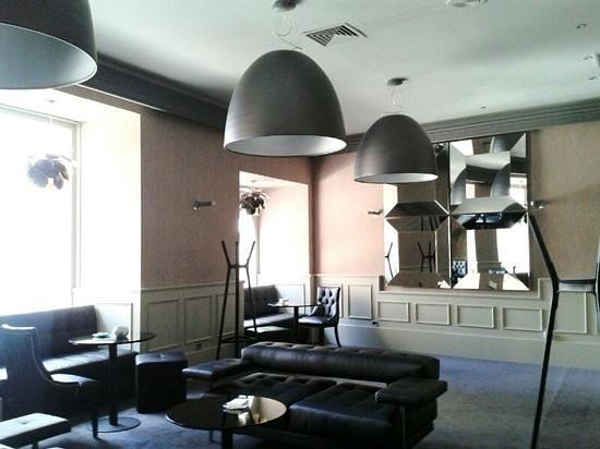 Gran Hotel España: salón del hotel