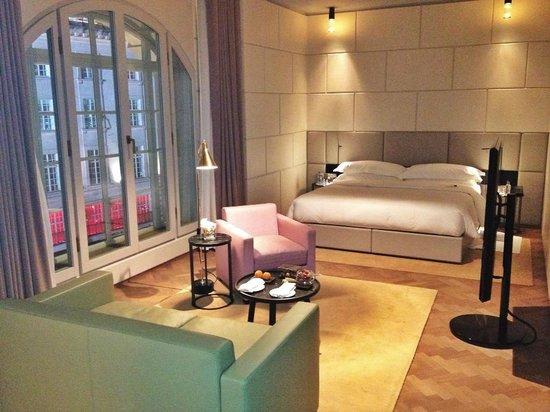 Hotel Cafe Royal: room 326 - Junior Suite