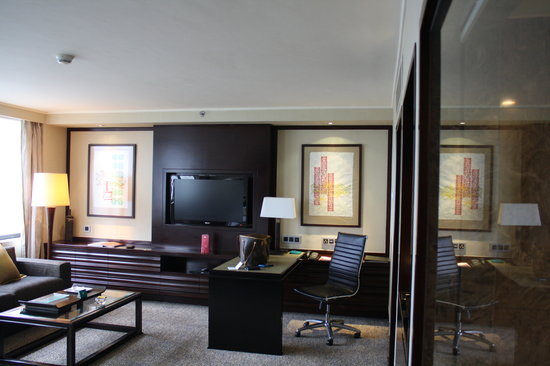 Mandarin Oriental, Jakarta: Our deluxe room on the 26th floor