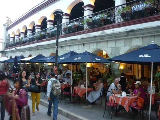 Gray Line - Oaxaca City Tour: PORTALES DEL CENTRO