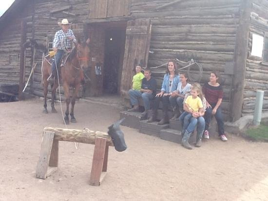 Wind River Christian Family Dude Ranch: showing the kids roping skills