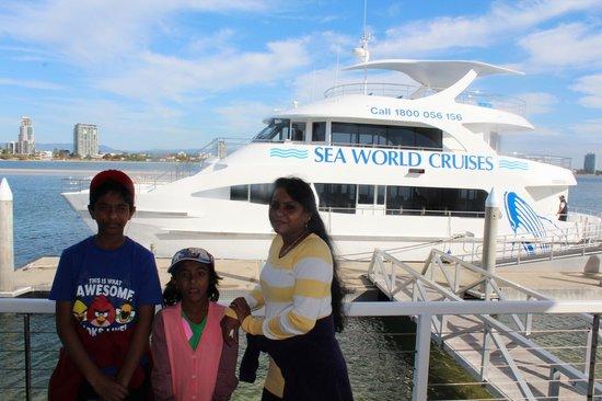 Seaworld Cruise Day Tours: Seaworld cruise