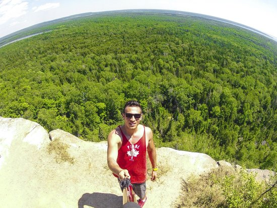 Manitoulin Island, Canada : View from Cliff on Cup and Saucer Trail