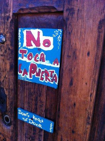 Posada del Abuelito: Front door