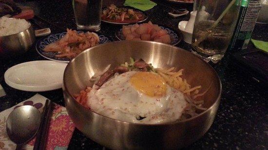 J Korean Restaurant : Beef bibimbap, 2 different kimchi's in back