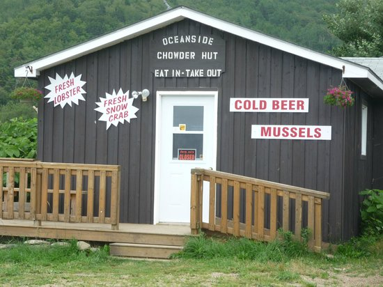 Meat Cove Campground & Oceanside Chowder Hut: The Chowder Hut at Meat Cove