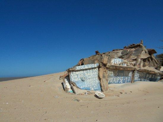 São João da Barra, RJ: Praia de Atafona e suas ruínas