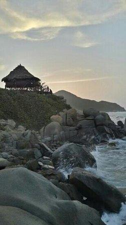 Camping Tayrona : atardecer cabo san juan