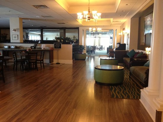 Best Western Plus San Pedro Hotel & Suites: Dining Area
