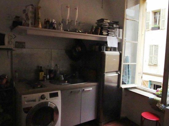 Hostel smith Plage : Cocina comedor lugar de estar