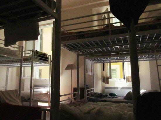 Hostel Smith Beach: Habitacion 13 camas