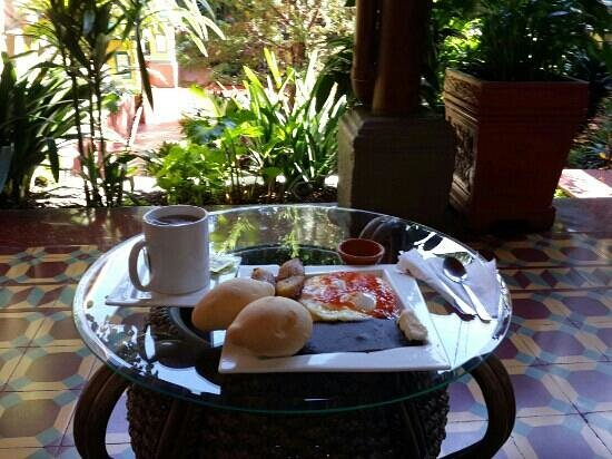 Hotel Palacio Chico 1850 : desayuno en hotel