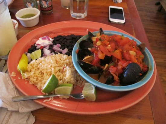 Peppers Mexicali Cafe: Muscles
