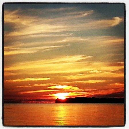 Appeldoorn's Sunset Bay Resort: Goodnight Sunset Bay