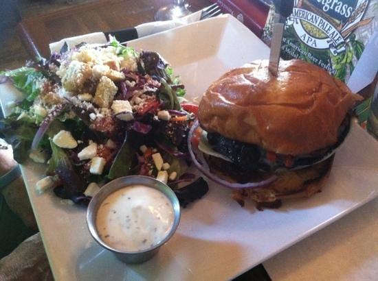 Sauk Rapids, MN: mushroom burger with salad