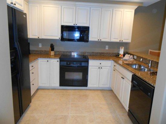 Bellasera Resort: kitchen