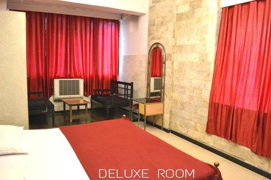Hotel Evergreen : Deluxe Room
