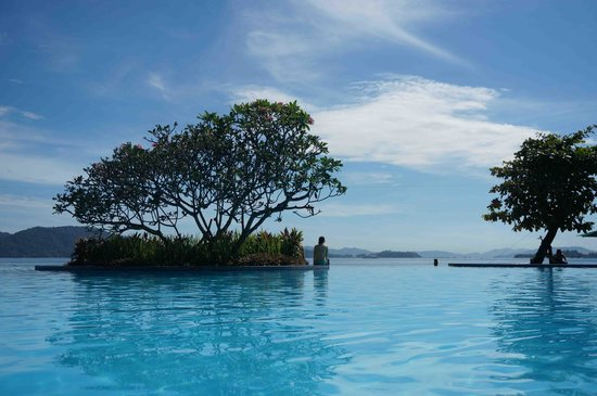 Shangri-La's Tanjung Aru Resort & Spa: 大人用のプール