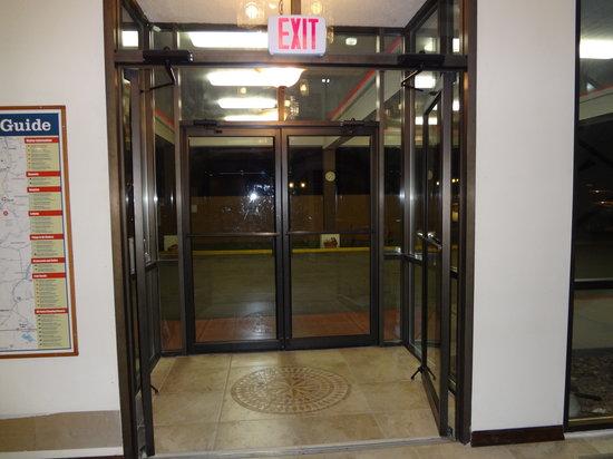 Quality Inn Okanogan : Main Entrance
