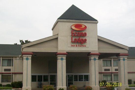 Econo Lodge & Suites: Look closely at this pic