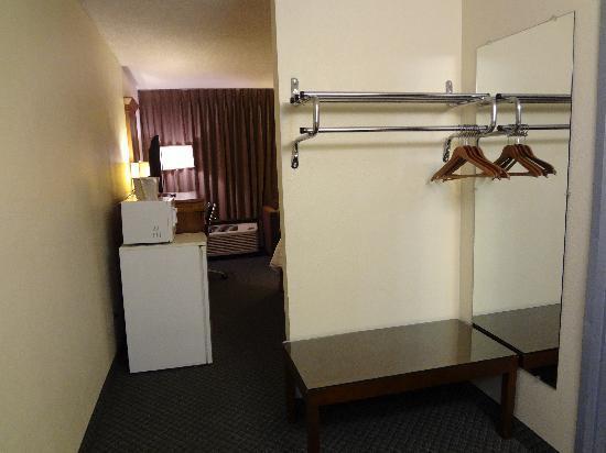Quality Inn Okanogan : room Entrance