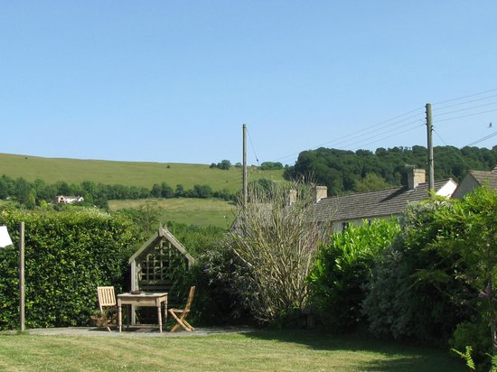 Middleyard, UK: View from the garden
