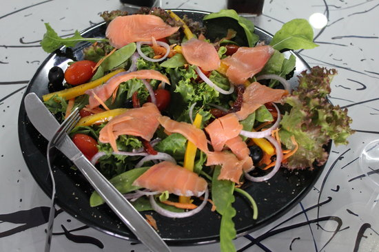 The Deli Caffe: salads to d for