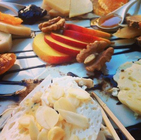 Bottega del Gusto: Degustazione di formaggi