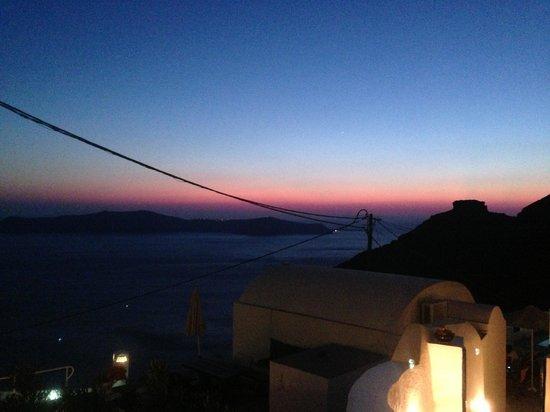 Santorini View : 9:00 PM
