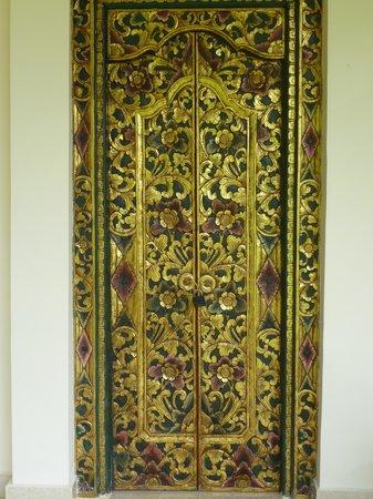 Rumah Jepun : Bedroom door