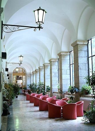 Hotel Royal Terme di Valdieri: Hall Hotel Royal