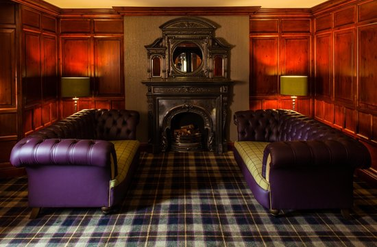 Fonab Castle Hotel: The George Lounge