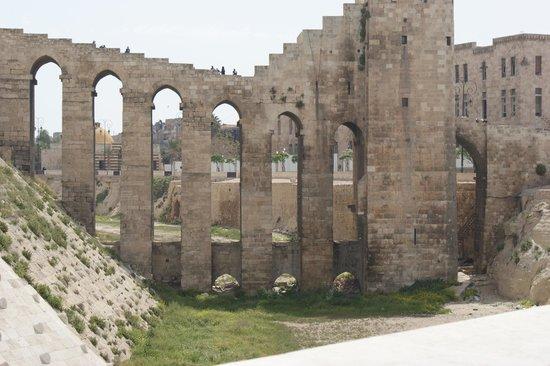 Алеппо, Сирия: april 2011