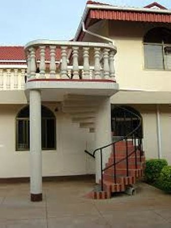 Nyinda Classic Hotel