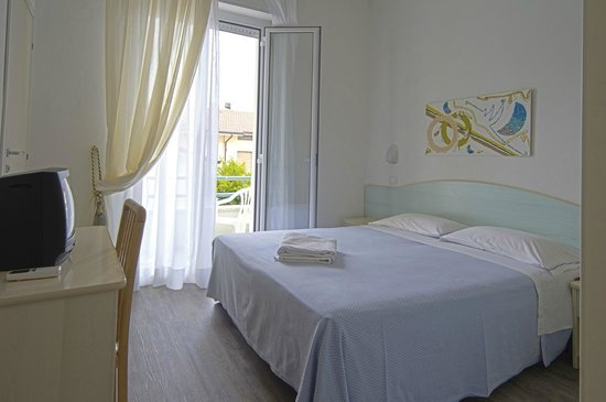 Hotel Vienna : Unser Zimmer sehr sauber mit nettem Ausblick