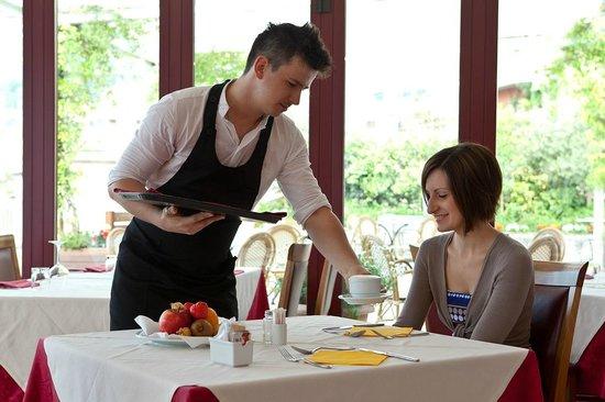 Hotel Lovere Resort & Spa: colazione