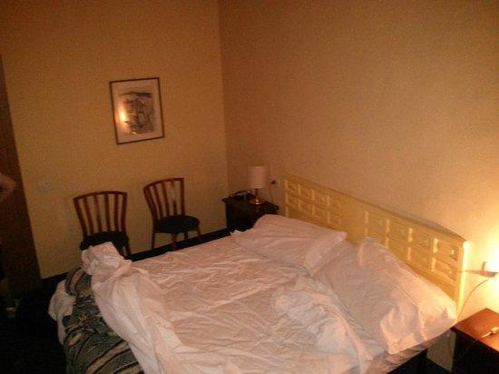 Hotel Gioia: Letto