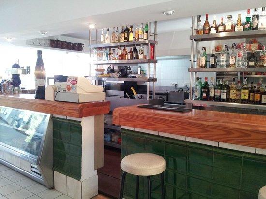 Apartamentos Cala Llonga Playa: Bar