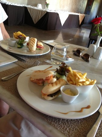 Sirayane Boutique Hotel & Spa : Repas snacking